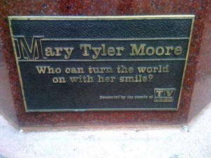 Mary Tyler Moore Plaque.jpg