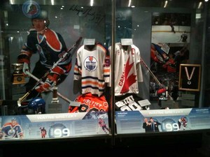 Gretzky display.jpg