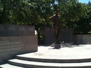Statue Byron Nelson.jpg